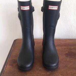Women's Refined Slim Fit Back Strap Rain Boots: